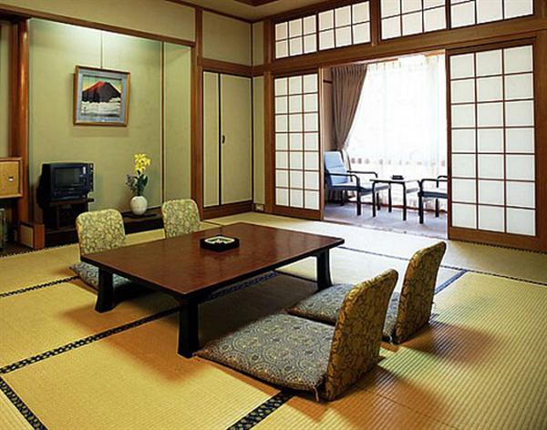 japanese style dining table