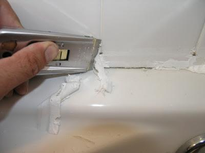 removing caulk