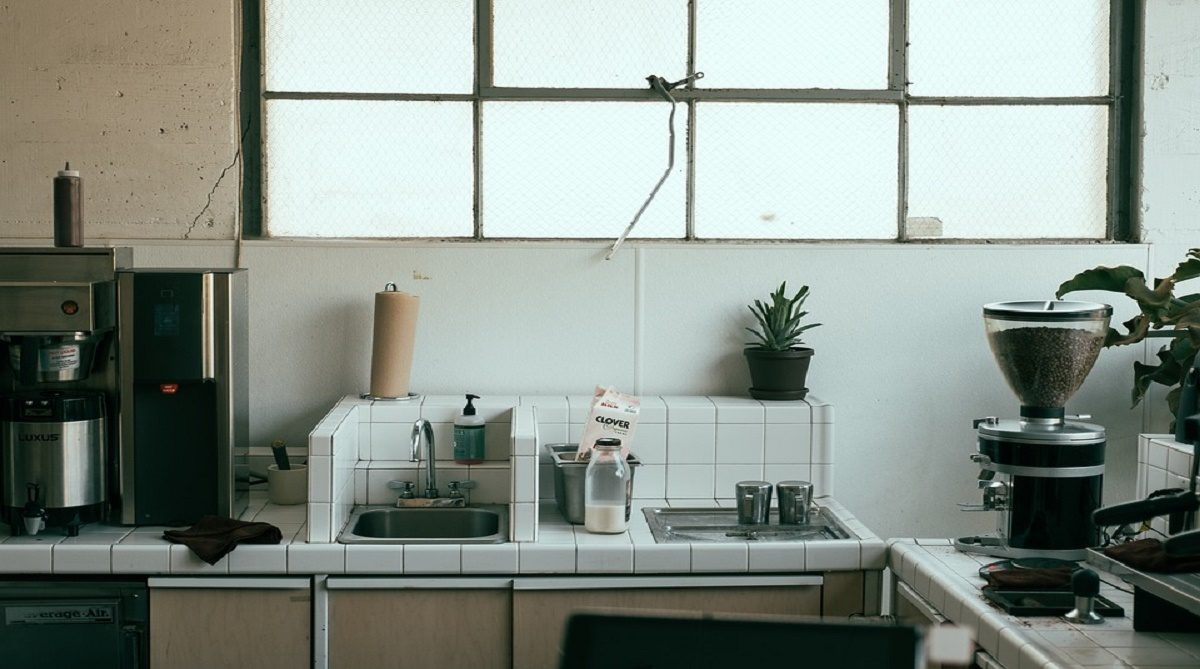 How To Prevent Mold in Your Kitchen And Bathroom