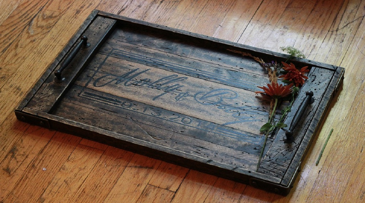 The Trend For Reclaimed indoor and Outdoor Decorations and Materials