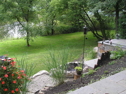 Landscaped garden to increase curb appeal at home