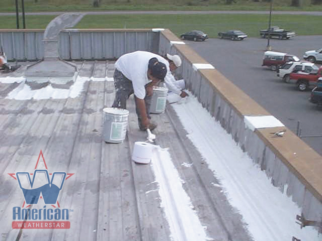 Prepping_a_Metal_Roof_To_Take_a_Commercial_Roof_Coating